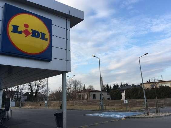 Szarża Lidla na Poznań - otwarcie 27. sklepu