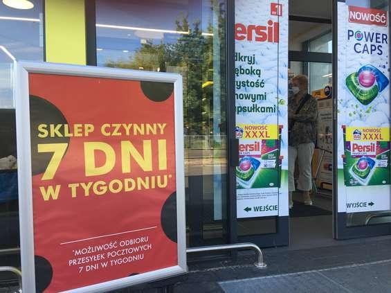 Kaufland i Biedronka czynne w niedziele: lista sklepów