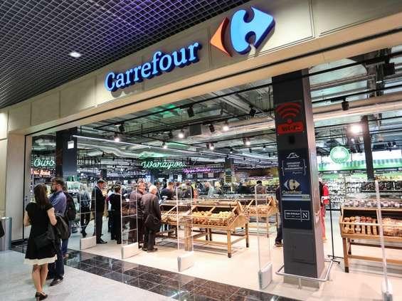 """""""Solidarność"""" Carrefoura do rządzących: jesteśmy oburzeni i rozgoryczeni"""