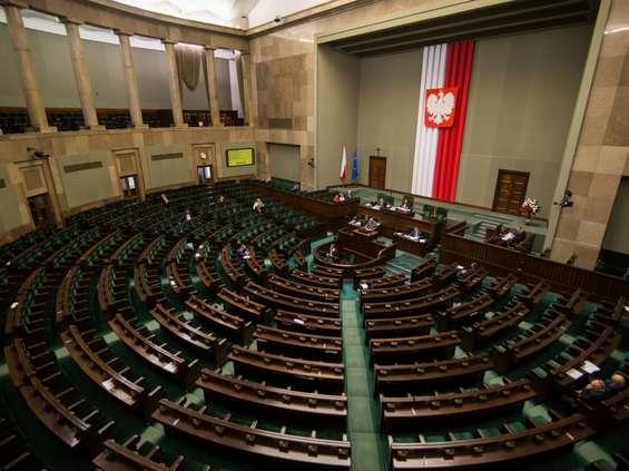 """""""Solidarność"""" w Sejmie: przekonamy posłów do zakazu handlu"""