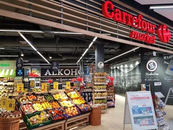 Carrefour: przybywa sklepów otwartych w niedziele [LISTA]