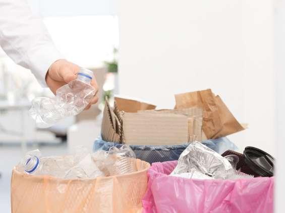 Fundacja ProKarton: kobiety przodują w segregacji odpadów